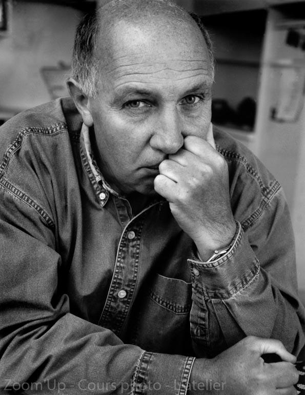 Portrait de Raymond Depardon - Zoom'Up - Cours de photo - L'atelier