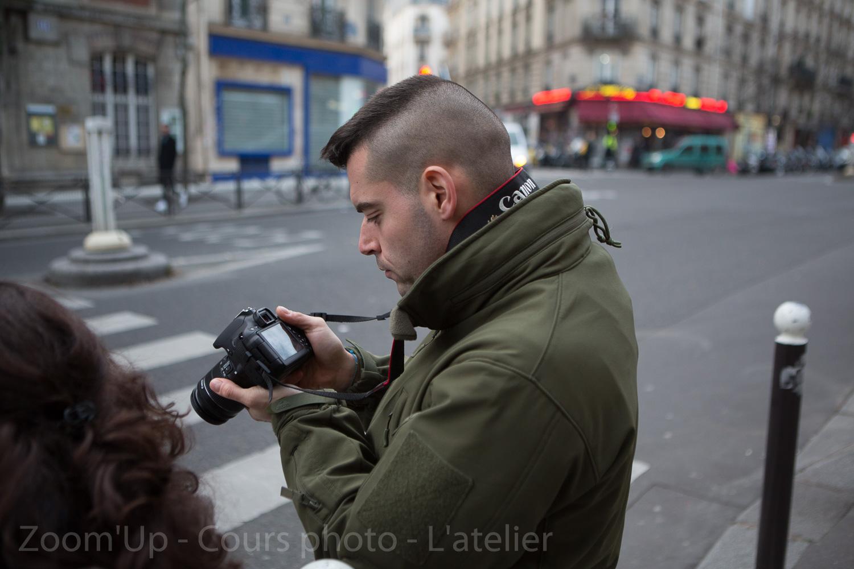 Les participants au travail. Zoom'Up - Cours photo - L'atelierLes participants au travail. Zoom'Up - Cours photo - L'atelier